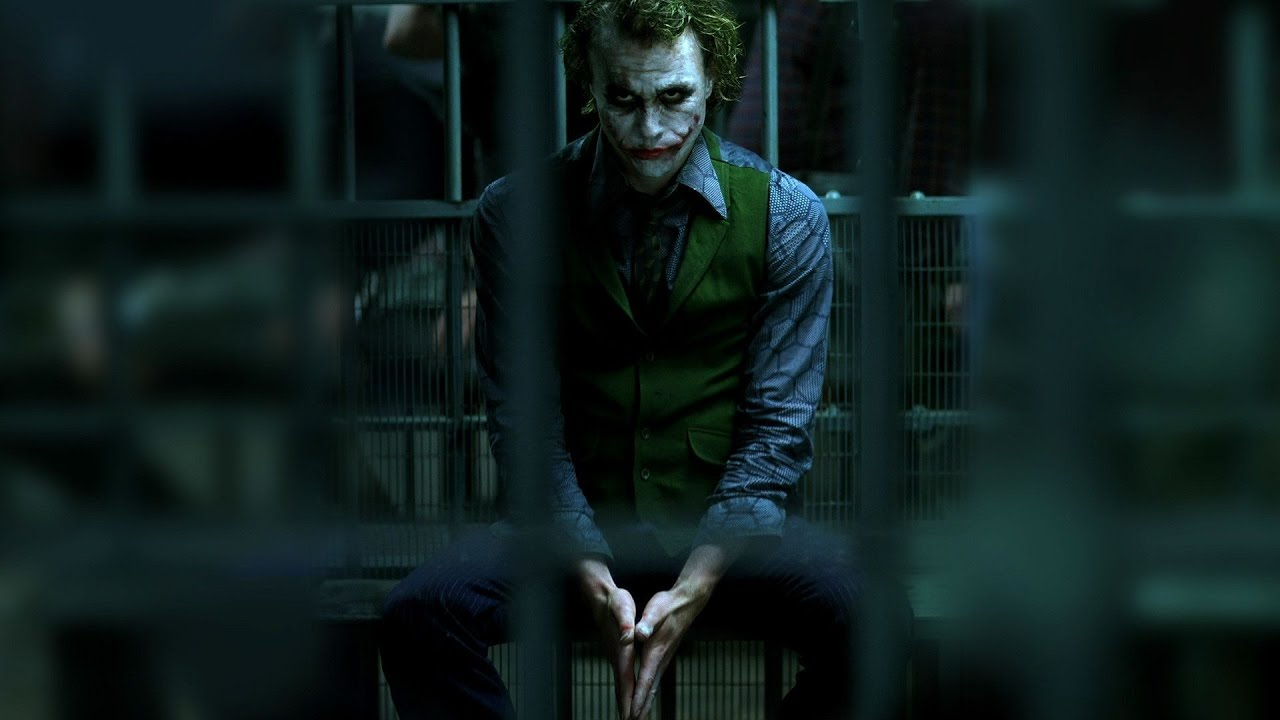 Still-of-Heath-Ledger-as-The-Joker-in-The-Dark-Knight
